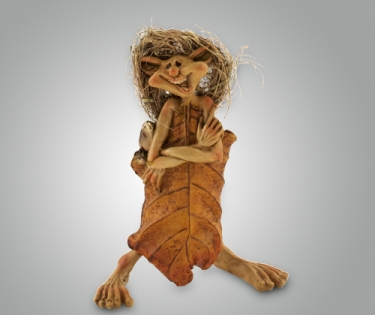Фигурка из полистоуна веселая кикимора