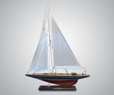 Модель Яхты темное дерево