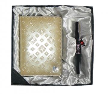 Обложка для паспорта и ручка Pierre Cardin цвет золотой