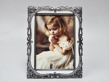 Фоторамка из олова декорированная стразами