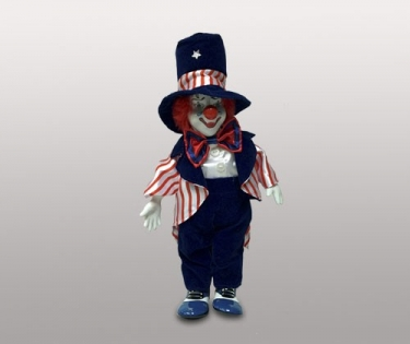 Клоун кукла в синей шляпе
