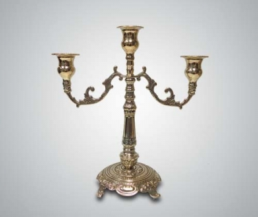Подсвечник на три свечи из латуни