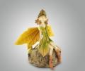 Фигурка из полистоуна лесная фея на камне