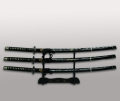 Набор самурайских мечей из трех штук на подставке