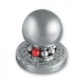 Шар для принятия решения серебряного цвета