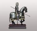 Фигура рыцаря на коне