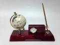 Часы настольные с глобусом и ручкой