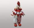 Клоун в красных ботинках