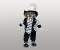 Клоун кукла в белой шляпе