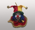 Клоун-подвеска в красно-желтом колпаке