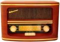Радиоприемник Roadstar в ретро стиле