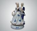 Музыкальная статуэтка танец на балу